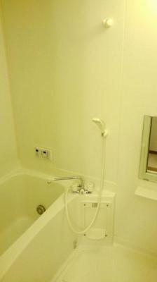 【浴室】トゥモロー.A