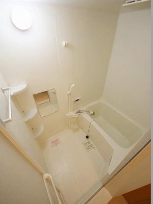 【浴室】コンフォールコートB