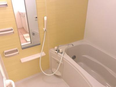 【浴室】グレイスフル松露 B