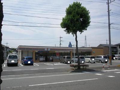 セブンイレブン伊勢崎西部公園前店まで288m