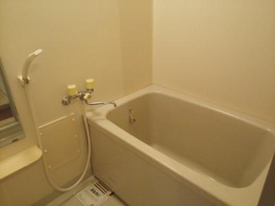 【浴室】リバーサイド御前