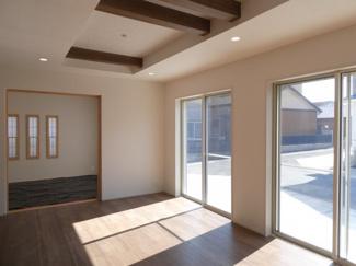 碧南市平七町2丁目新築分譲住宅北西側約6.2~7.5mに接道