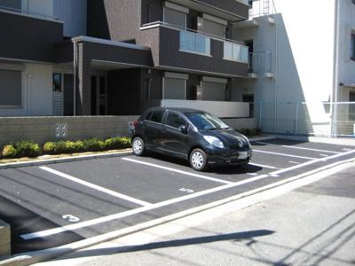 【駐車場】シャーメゾンセレッソ