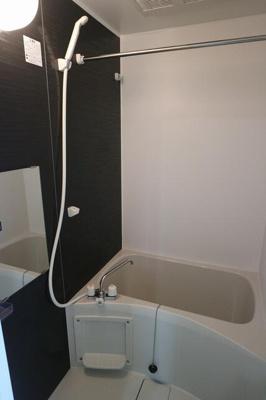 【浴室】リチェンシア横浜反町