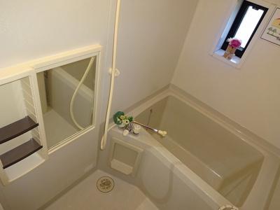 【浴室】ラ・ベルターナⅡ A棟