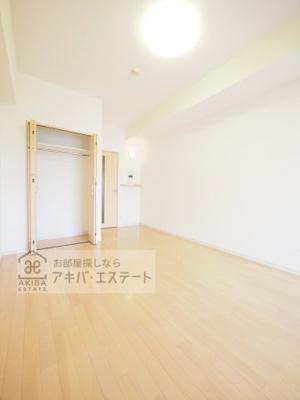 【洋室】GENOVIA亀戸 green wall