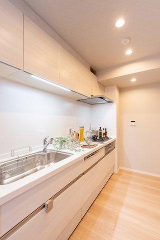 東急ドエルアルス石川台:あると便利な食器洗浄機付きのシステムキッチンです!