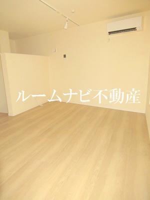 【寝室】オーセンティックハウス東日暮里