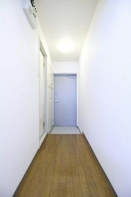 【玄関】ステージファースト原宿