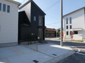 碧南市平七町2丁目新築分譲住宅7号棟写真です。2021年9月撮影