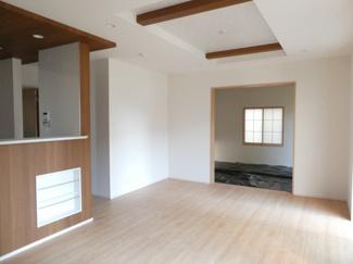 碧南市平七町2丁目新築分譲住宅4号棟写真です。2021年9月撮影