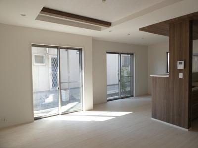 碧南市平七町2丁目新築分譲住宅3号棟写真です。2021年9月撮影