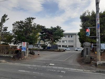 八幡平市立大更小学校まで1066m