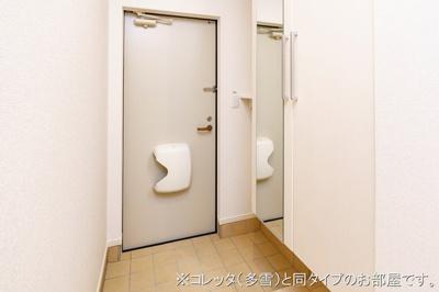 【玄関】チラクシングプレイス