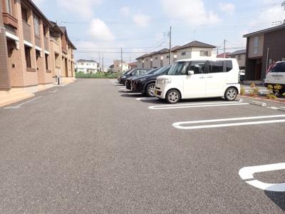 【駐車場】シャン ボア 3