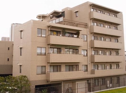 南西向きにつき陽当り良好 専用庭付き 宅配ボックス・オートロック完備 新規内装リノベーション 住宅ローン減税適合物件