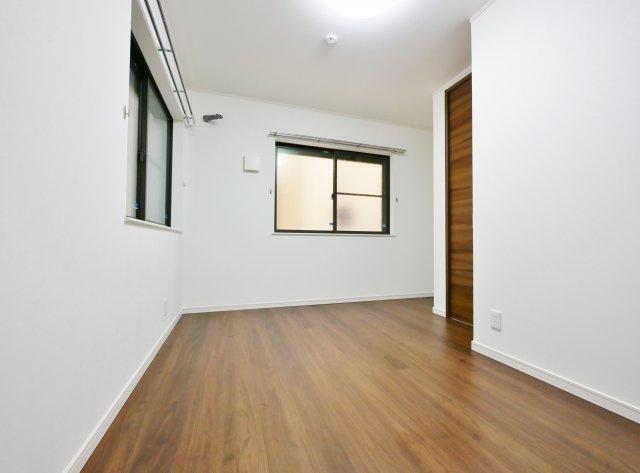 1階6.0帖洋室 広さも6.0帖確保し主寝室にもピッタリな居室です