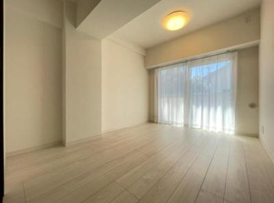 善福寺コーポの洋室です。