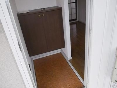 【玄関】ライトコート石井