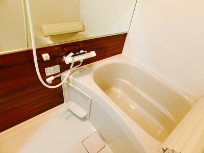 【浴室】やかた南浜寺Ⅰ