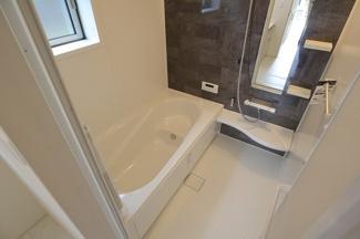 千葉市若葉区千城台東 新築一戸建 千城台駅 落ち着きのある浴室です!