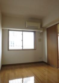 【寝室】ニューシティアパートメンツ三ノ輪