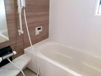 【浴室】ルーチェソラーレB