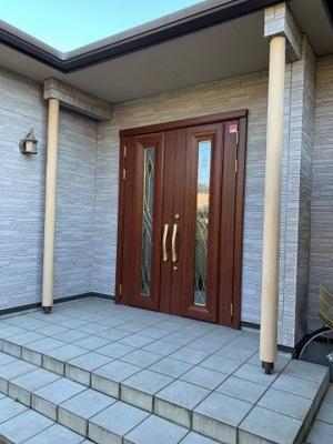 玄関です:吉川新築ナビで検索♪