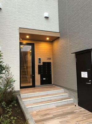 【エントランス】BLESS新中野