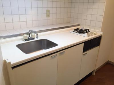 調理スペースの広いキッチン☆