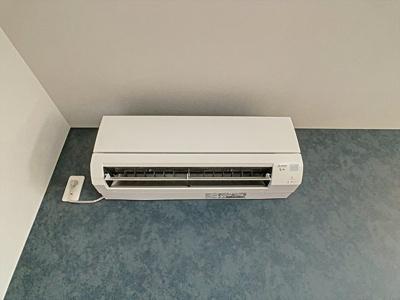 エアコン。※別号室の写真になります。現況優先。