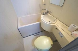 【浴室】愛媛県松山市枝松1丁目一棟マンション