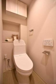 モナーク杉並B棟のトイレです。
