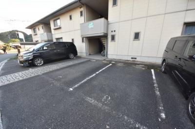 【駐車場】アージュ21 A棟