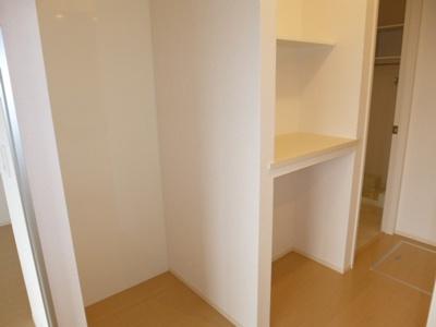 キッチンスペース棚