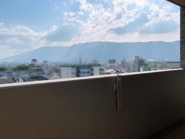 バルコニーから山々が見え、景色に癒されます!(^^)!