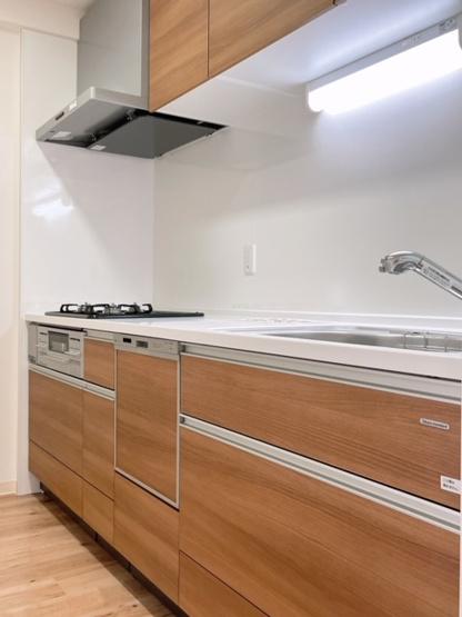 キッチンは独立しているので、匂いなども気にせずお料理していただけます!(^^)!
