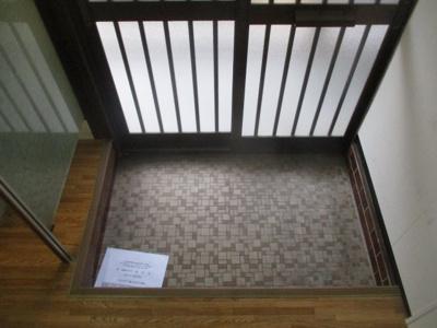 【玄関】ビスタ安立