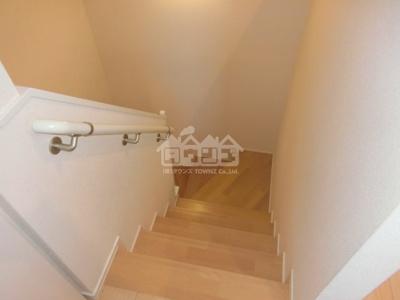 同建物反転間取り参考写真階段・ノースリバー北川