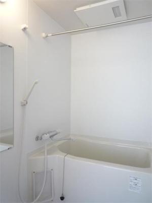 浴室暖房乾燥機付きです♪