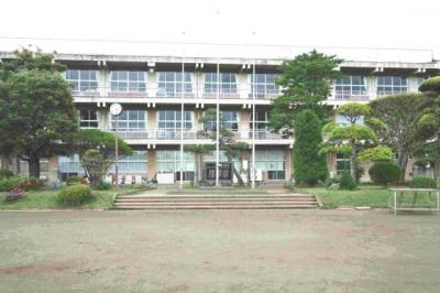 土浦第五中学校区域です。