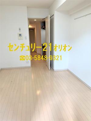 【居間・リビング】GALA Station 練馬(ネリマ)