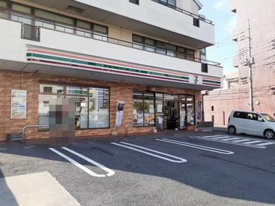 セブンイレブン日立助川一丁目店まで400m