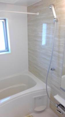 【浴室】エルシェアート南風