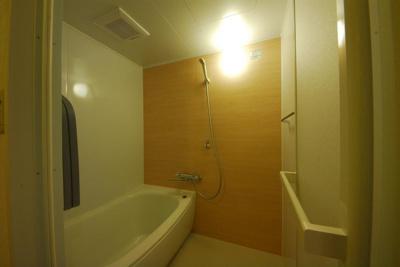 【浴室】リサイデンスアミティ