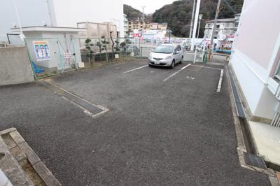 【駐車場】榊原マンション