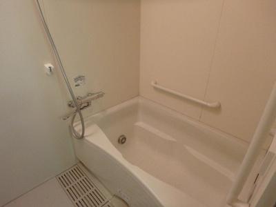 【浴室】ルミエール・ヴィラ