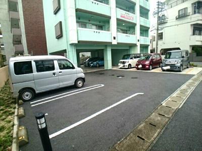 【駐車場】パークサイド CS