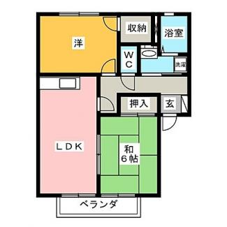 洋室・和室どちらもある2LDKの間取りです。LDKから和室へ入れます。
