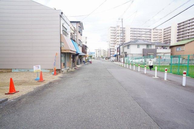 【前面道路:幅員約10.5m公道!】